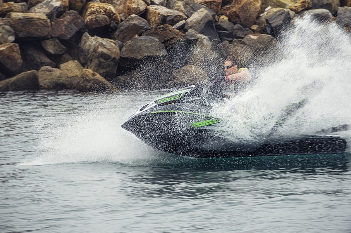 2016 Kawasaki Jet Ski Ultra 310LX in North Reading, Massachusetts - Photo 16