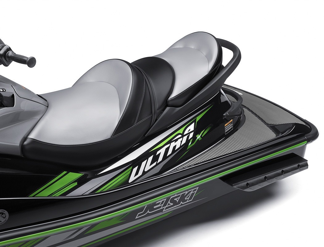 2016 Kawasaki Jet Ski Ultra LX in North Reading, Massachusetts - Photo 4