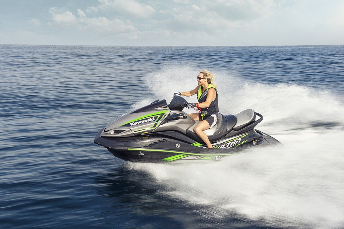 2016 Kawasaki Jet Ski Ultra LX in North Reading, Massachusetts - Photo 8