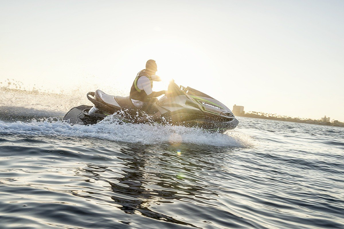 2016 Kawasaki Jet Ski Ultra LX in North Reading, Massachusetts - Photo 14