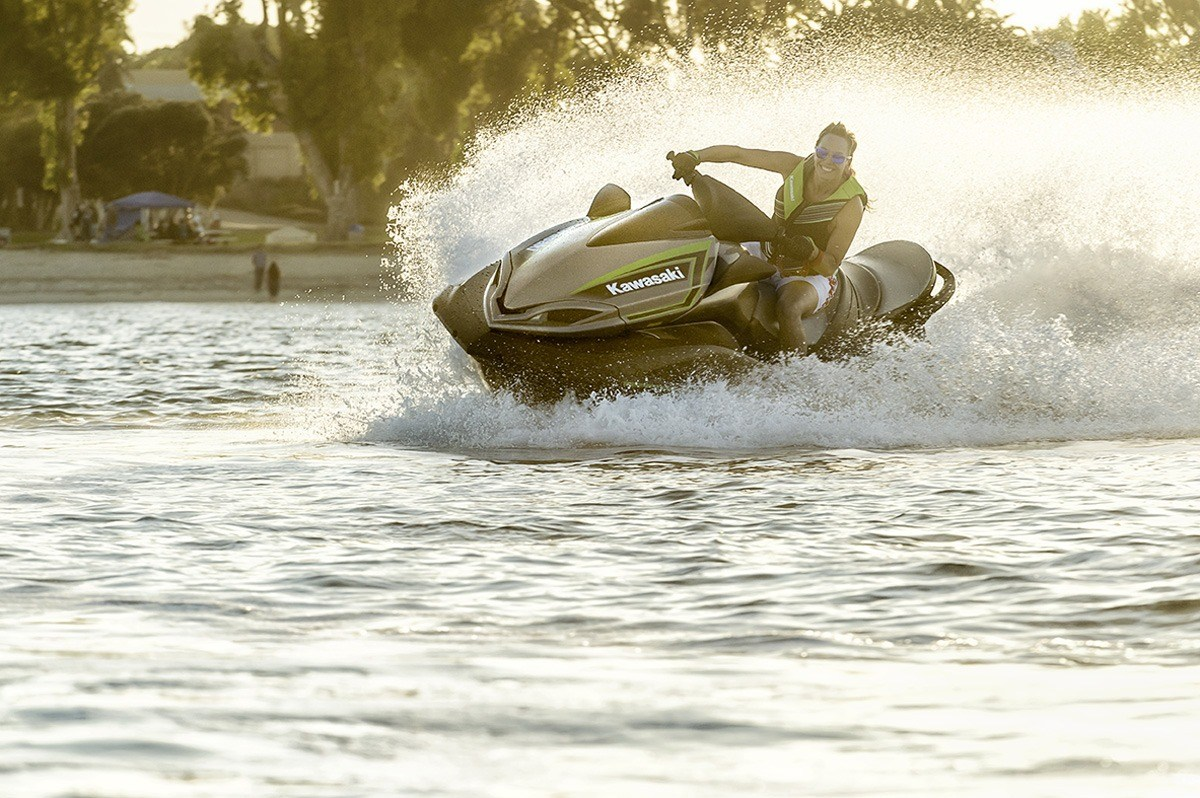 2016 Kawasaki Jet Ski Ultra LX in North Reading, Massachusetts - Photo 15