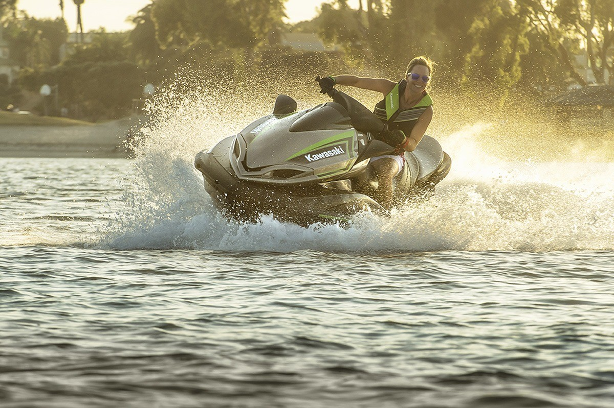 2016 Kawasaki Jet Ski Ultra LX in North Reading, Massachusetts