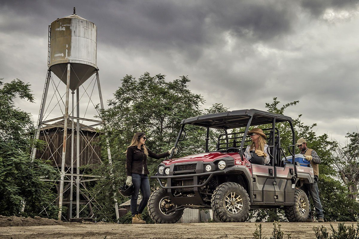 2016 Kawasaki Mule Pro-FXT EPS LE in Ashland, Kentucky