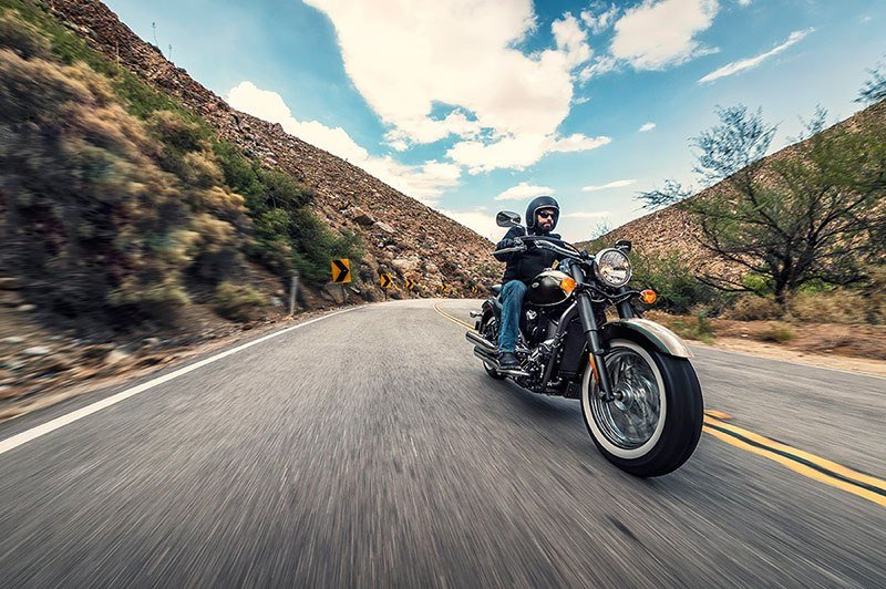 2017 Kawasaki Vulcan 900 Classic in Merced, California