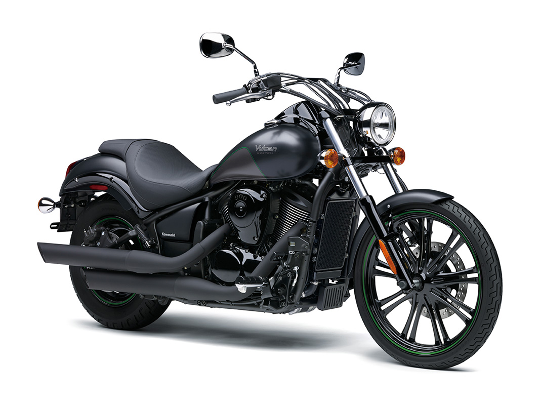 2017 Kawasaki Vulcan 900 Custom in Kittanning, Pennsylvania