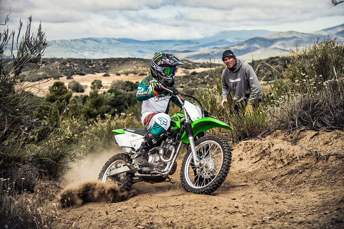 2017 Kawasaki KLX140 in Fontana, California