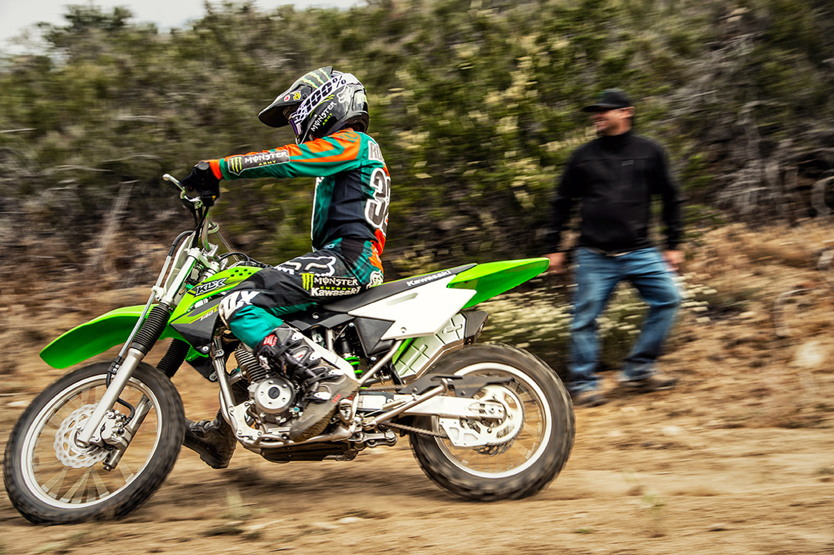 2017 Kawasaki KLX140 in Bakersfield, California