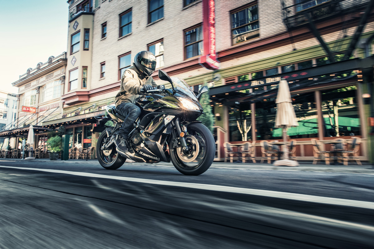 2017 Kawasaki Ninja 650 in Highland, Illinois