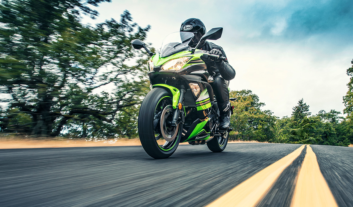 2017 Kawasaki Ninja 650 ABS KRT Edition in Darien, Wisconsin