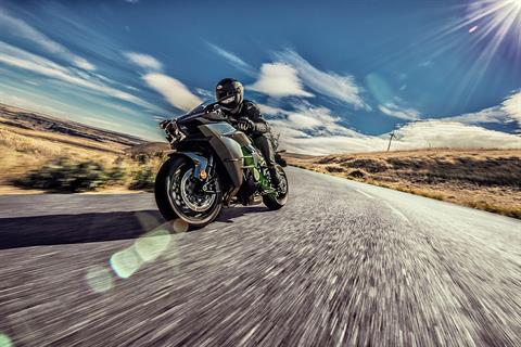 2017 Kawasaki NINJA H2 Carbon in Columbus, Nebraska