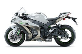 2017 Kawasaki NINJA ZX-10R in Traverse City, Michigan