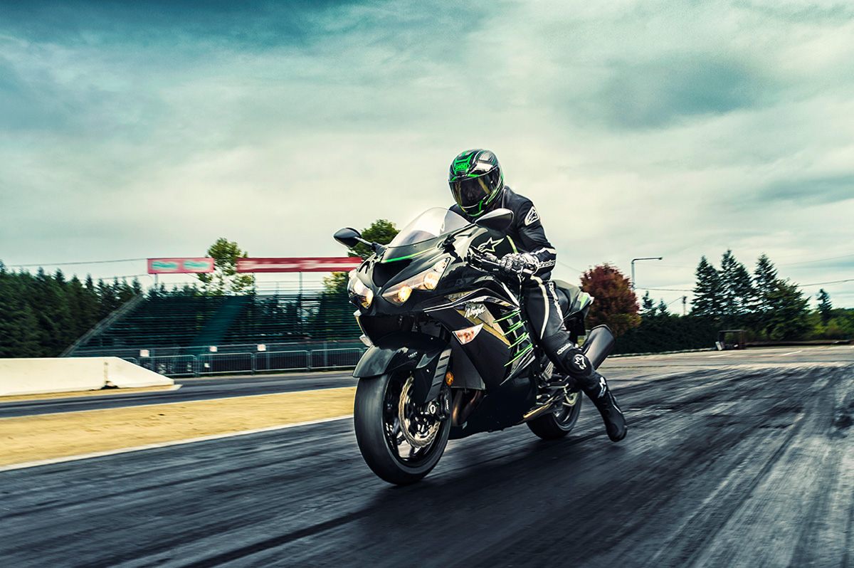 2017 Kawasaki NINJA ZX-14R ABS in Dimondale, Michigan