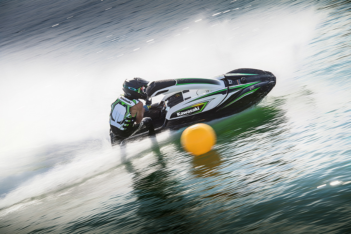 2017 Kawasaki JET SKI SX-R in Hampton Bays, New York