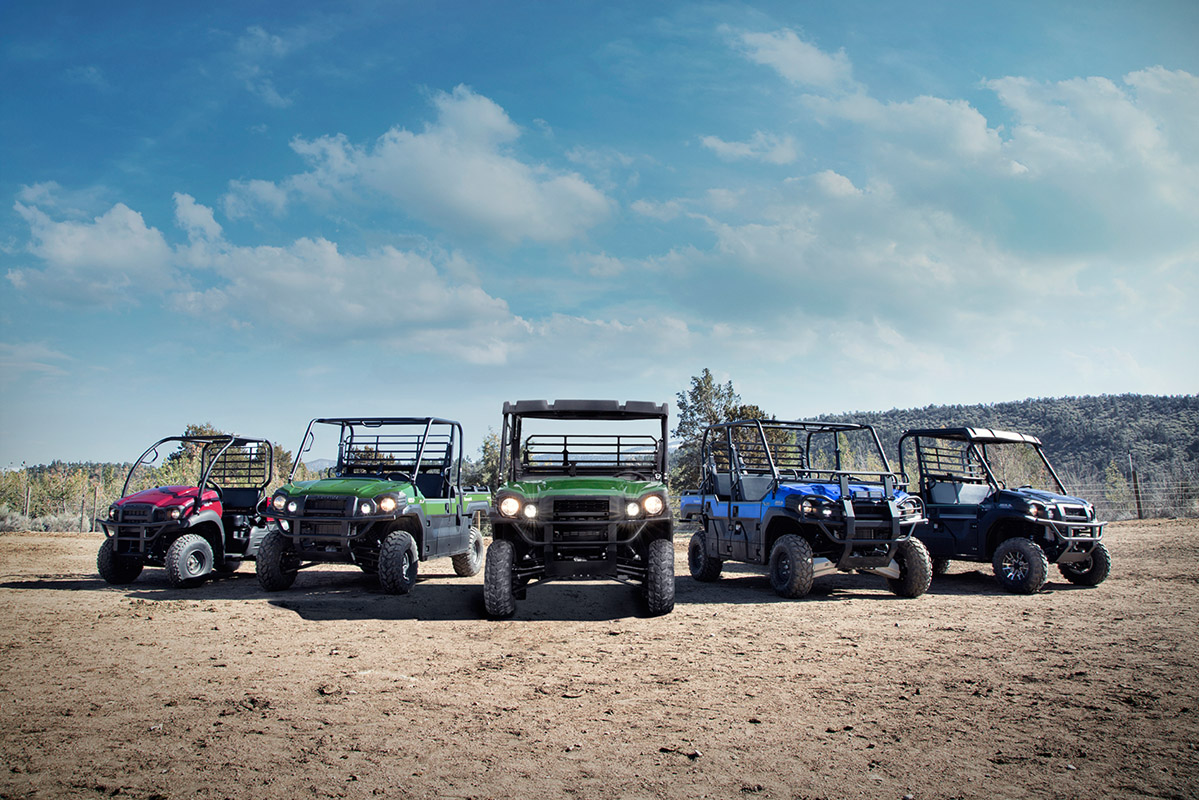 2017 Kawasaki Mule PRO-FXT EPS in Dimondale, Michigan