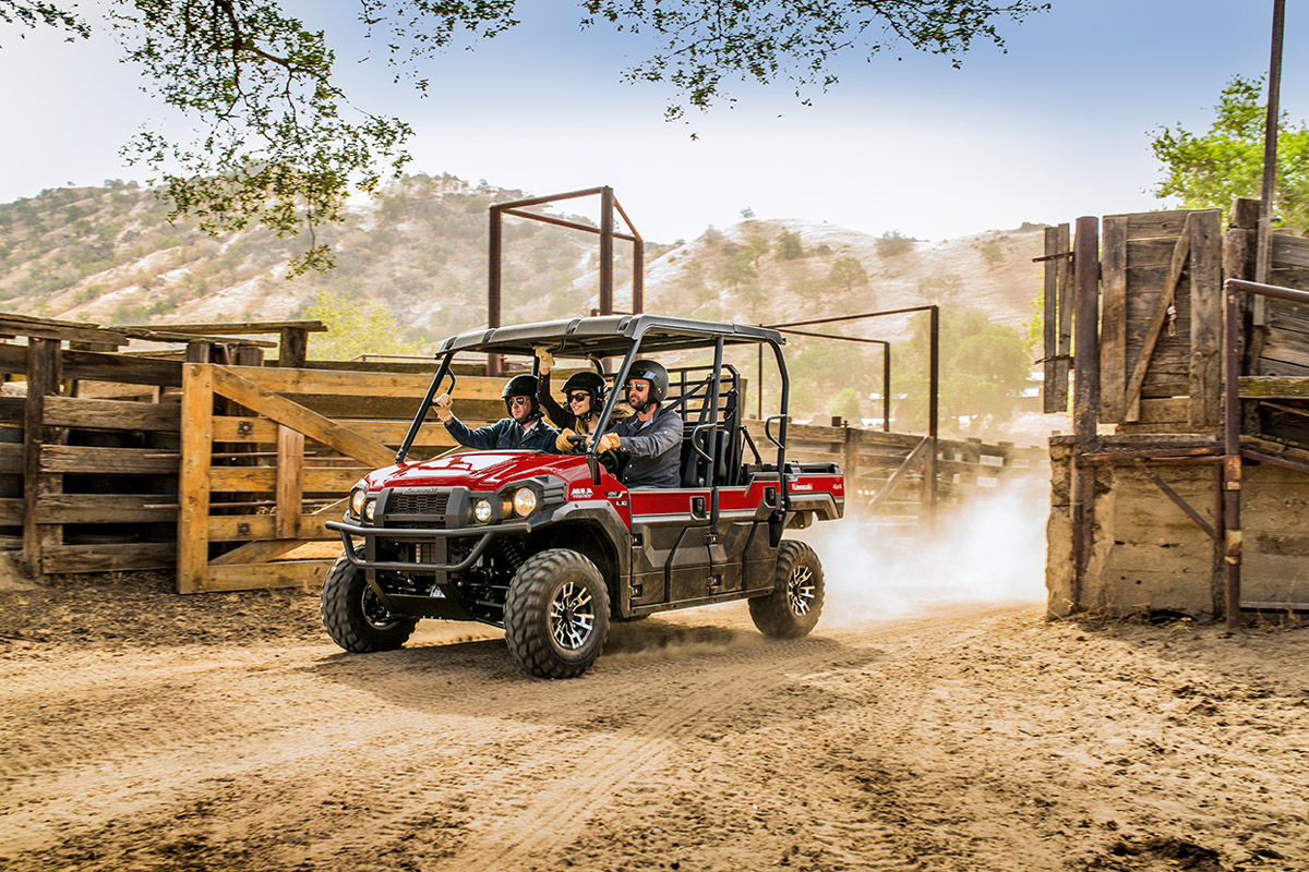 2017 Kawasaki Mule PRO-FXT EPS LE in Greenville, North Carolina
