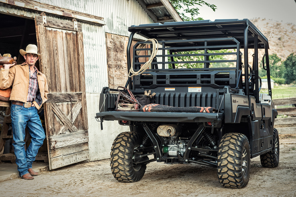 2017 Kawasaki Mule PRO-FXT Ranch Edition in Mount Pleasant, Michigan