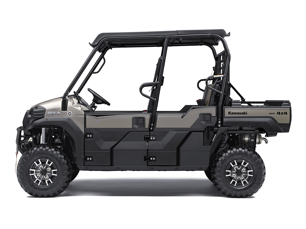 2017 Kawasaki Mule PRO-FXT Ranch Edition in Darien, Wisconsin