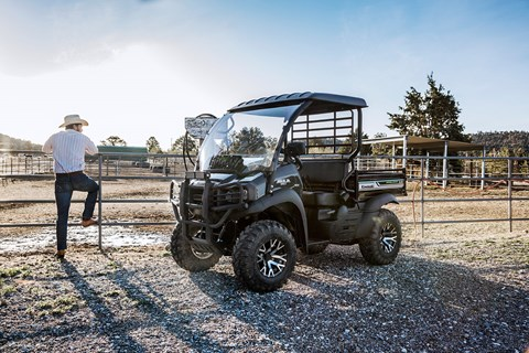 2017 Kawasaki Mule SX 4x4 XC SE in Jamestown, New York