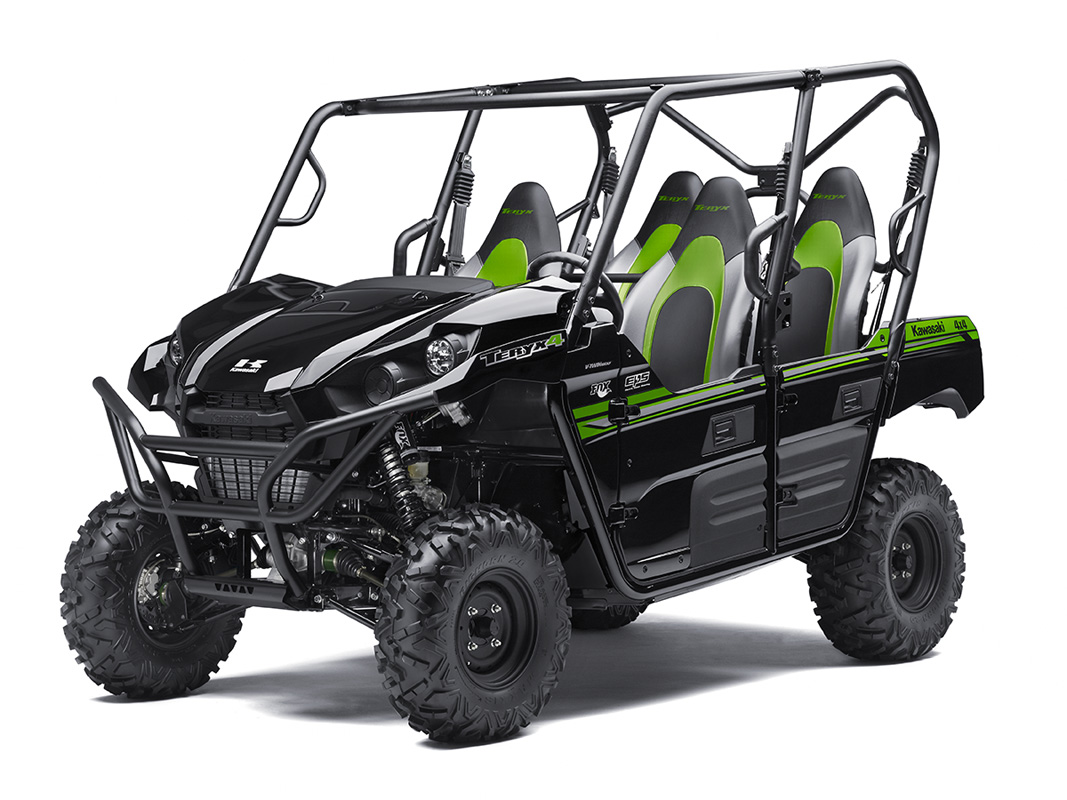 2017 Kawasaki Teryx4 in Hickory, North Carolina