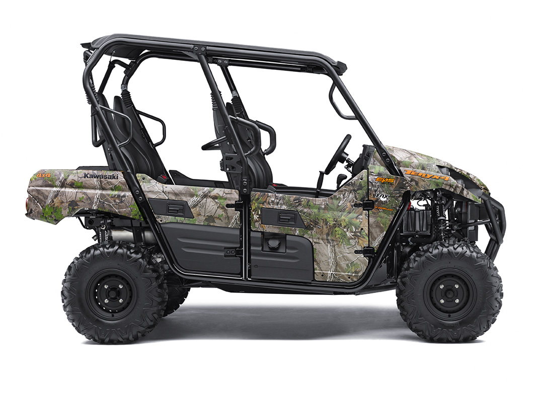 2017 Kawasaki Teryx4 Camo in Howell, Michigan