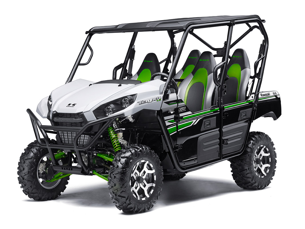 2017 Kawasaki Teryx4 LE in Mount Pleasant, Michigan