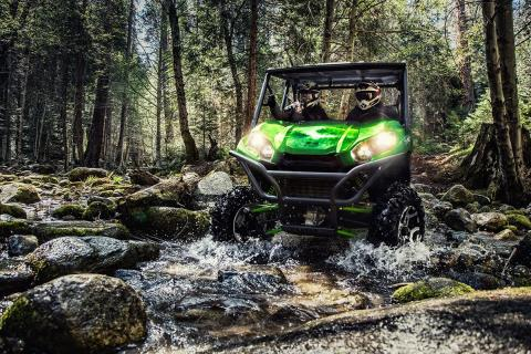 2017 Kawasaki Teryx LE in Asheville, North Carolina