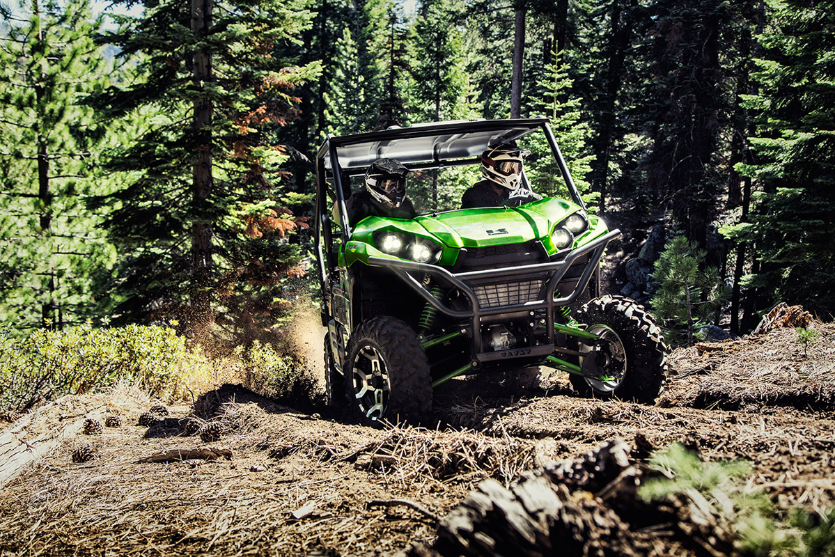 2017 Kawasaki Teryx LE in Greenwood Village, Colorado