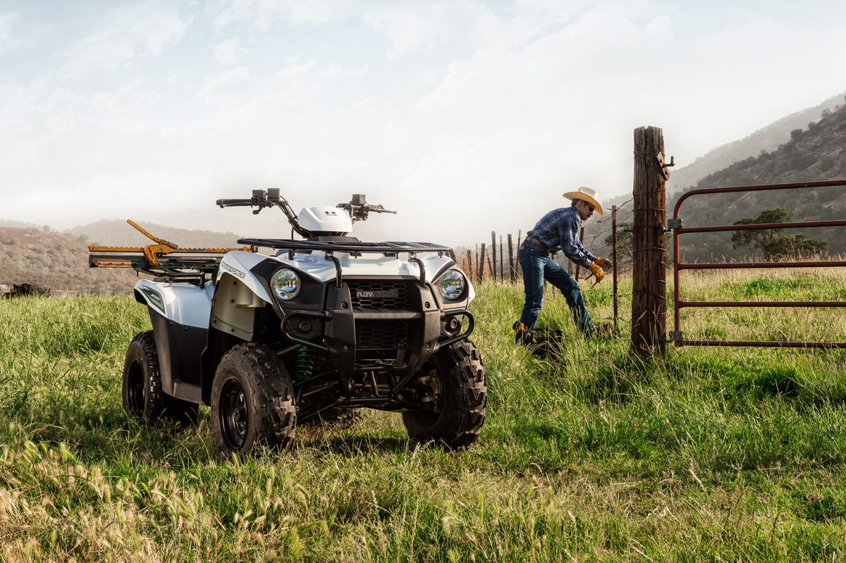 2018 Kawasaki Brute Force 300 in Highland, Illinois
