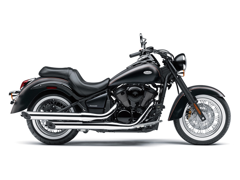 2018 Kawasaki Vulcan 900 Classic in Hollister, California