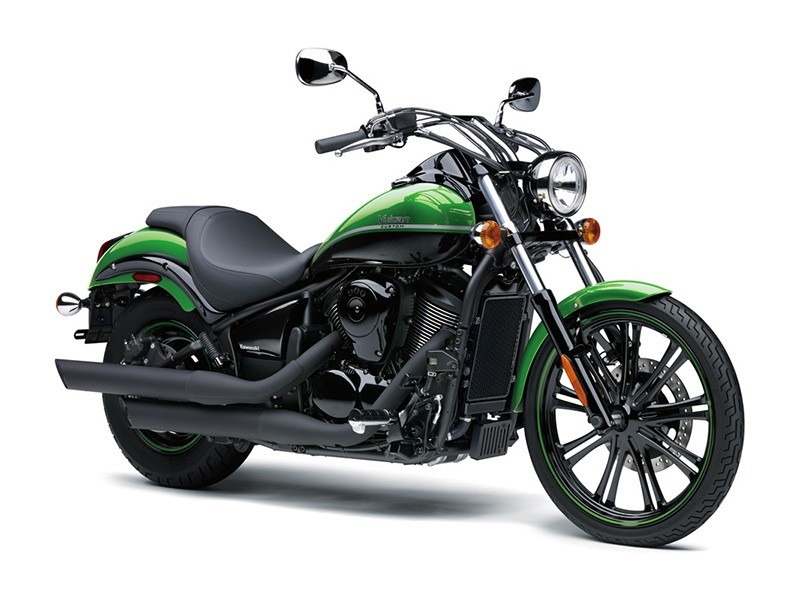 2018 Kawasaki Vulcan 900 Custom in Barre, Massachusetts
