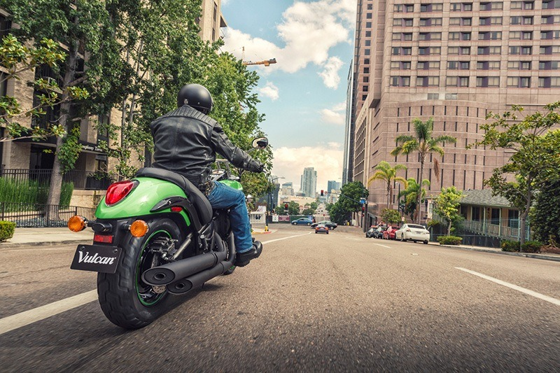 2018 Kawasaki Vulcan 900 Custom in San Francisco, California - Photo 6
