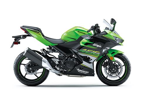 2018 Kawasaki Ninja 400 KRT Edition in Fairfield, Illinois