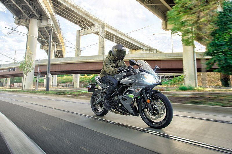2018 Kawasaki Ninja 650 in Barre, Massachusetts