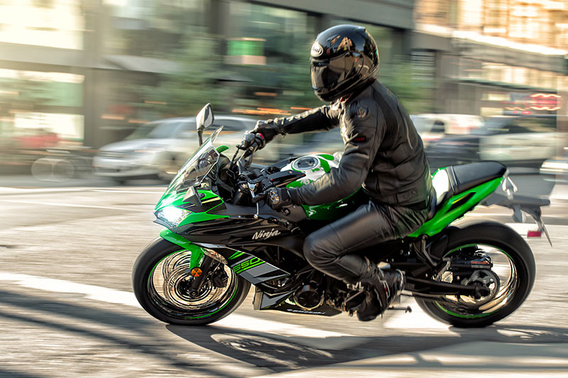 2018 Kawasaki Ninja 650 ABS KRT Edition in Yankton, South Dakota