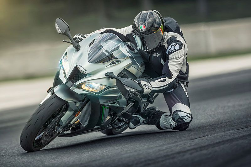 2018 Kawasaki NINJA ZX-10R in Barre, Massachusetts