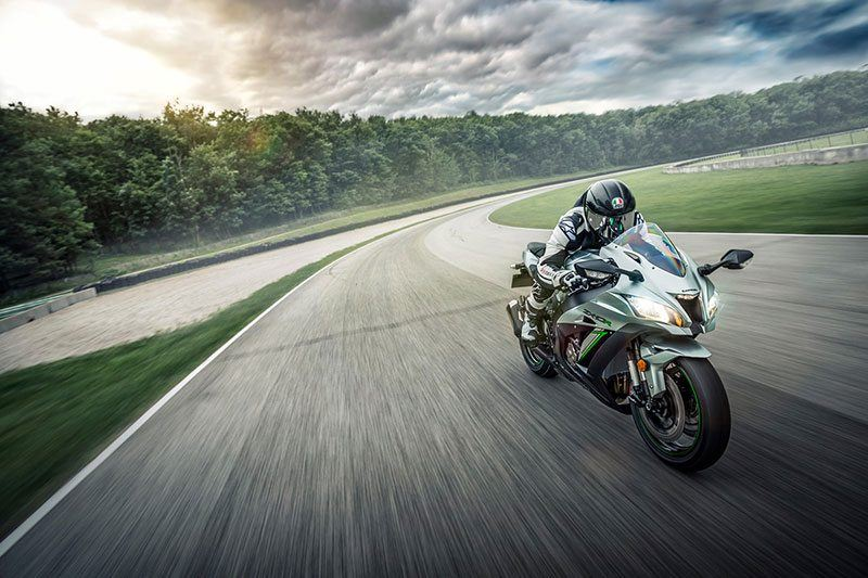 2018 Kawasaki NINJA ZX-10R in Highland, Illinois