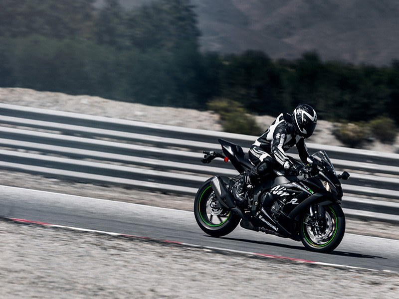 2018 Kawasaki Ninja ZX-10RR in Pahrump, Nevada