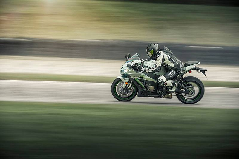 2018 Kawasaki NINJA ZX-10R ABS in Paw Paw, Michigan