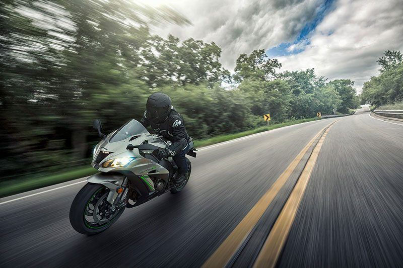 2018 Kawasaki NINJA ZX-10R ABS in New Haven, Connecticut