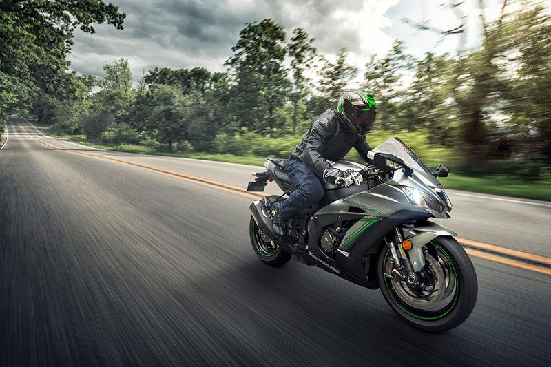 2018 Kawasaki NINJA ZX-10R ABS in Littleton, New Hampshire