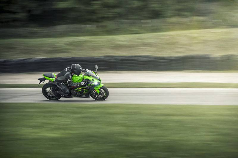 2018 Kawasaki NINJA ZX-10R ABS KRT EDITION in Brooklyn, New York - Photo 7