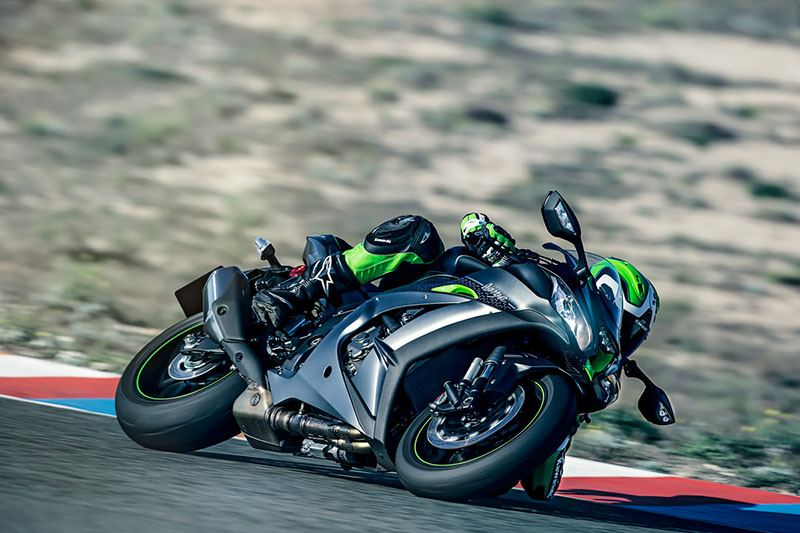 2018 Kawasaki NINJA ZX-10R SE in Barre, Massachusetts