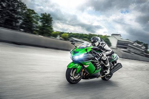 2018 Kawasaki Ninja ZX-14R ABS SE in Freeport, Illinois - Photo 12
