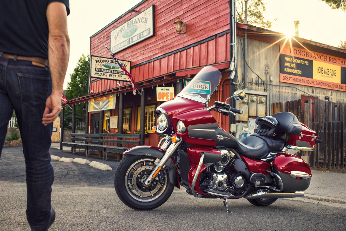 2018 Kawasaki Vulcan 1700 Voyager ABS in Northampton, Massachusetts
