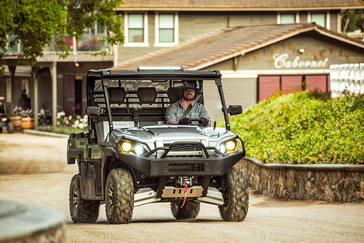 2018 Kawasaki Mule PRO-FXR in Paw Paw, Michigan