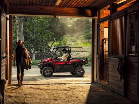 2018 Kawasaki Mule PRO-FXR in Lebanon, Maine - Photo 16