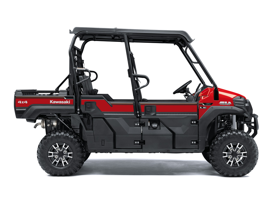 2018 Kawasaki Mule PRO-FXT EPS LE in Freeport, Illinois