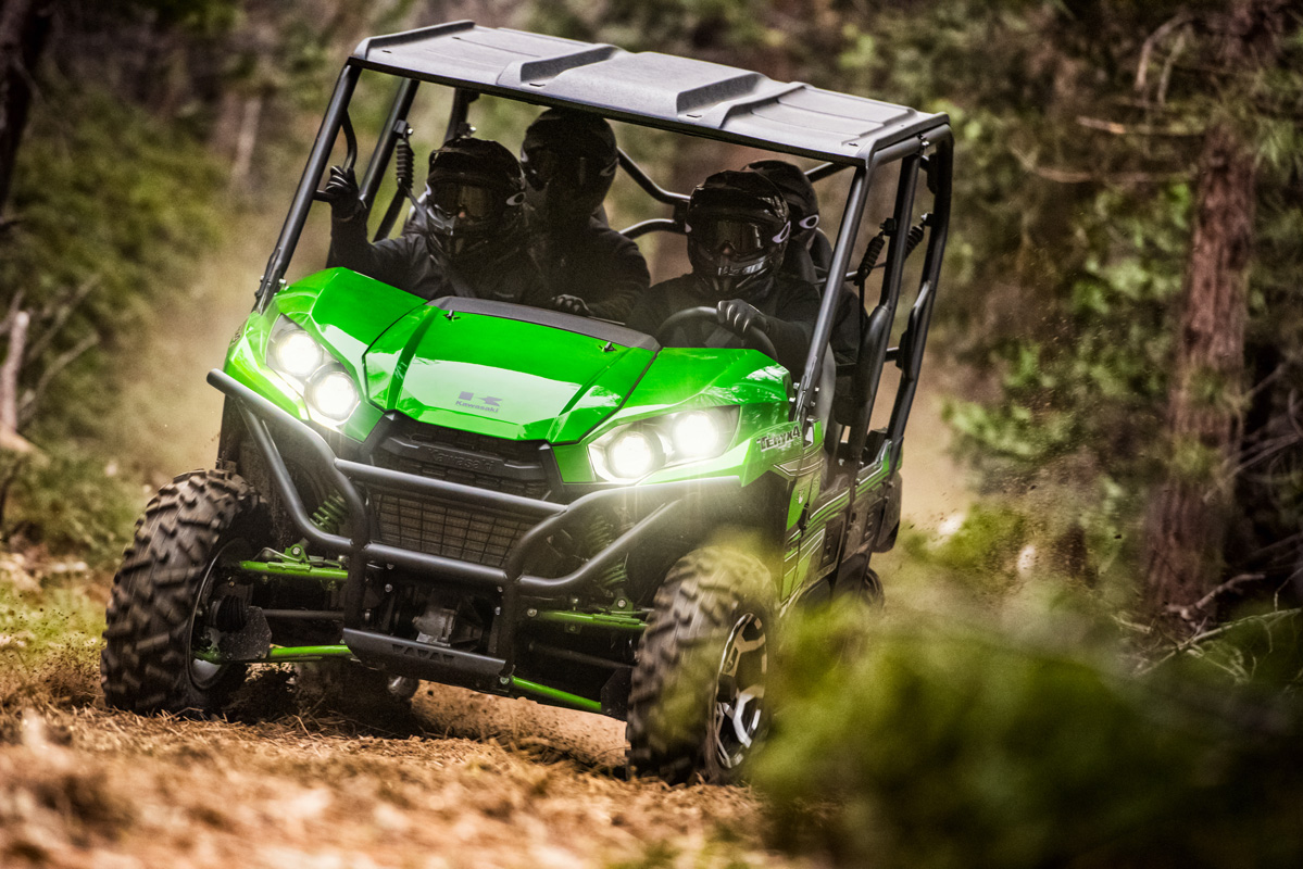 2018 Kawasaki Teryx4 LE in Yankton, South Dakota