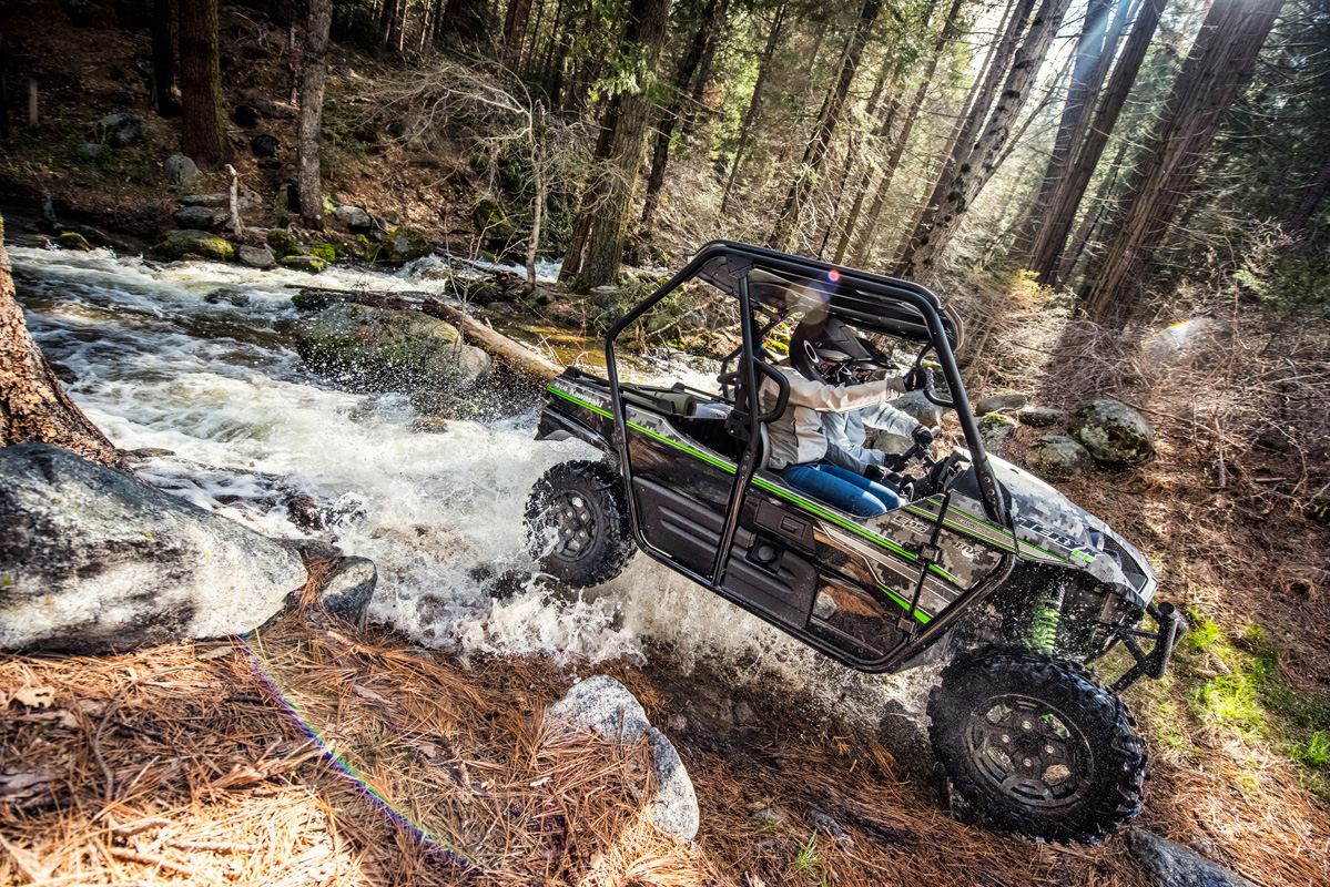 2018 Kawasaki Teryx LE in Romney, West Virginia