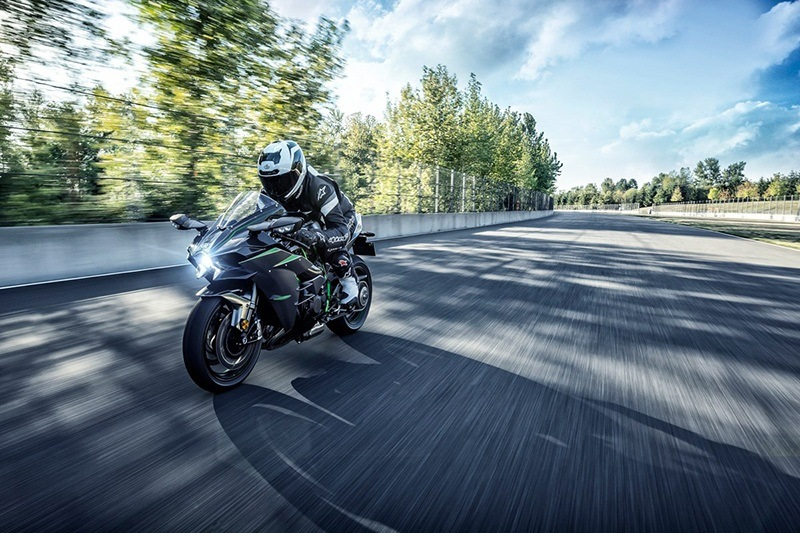 2019 Kawasaki Ninja H2 Carbon in Asheville, North Carolina